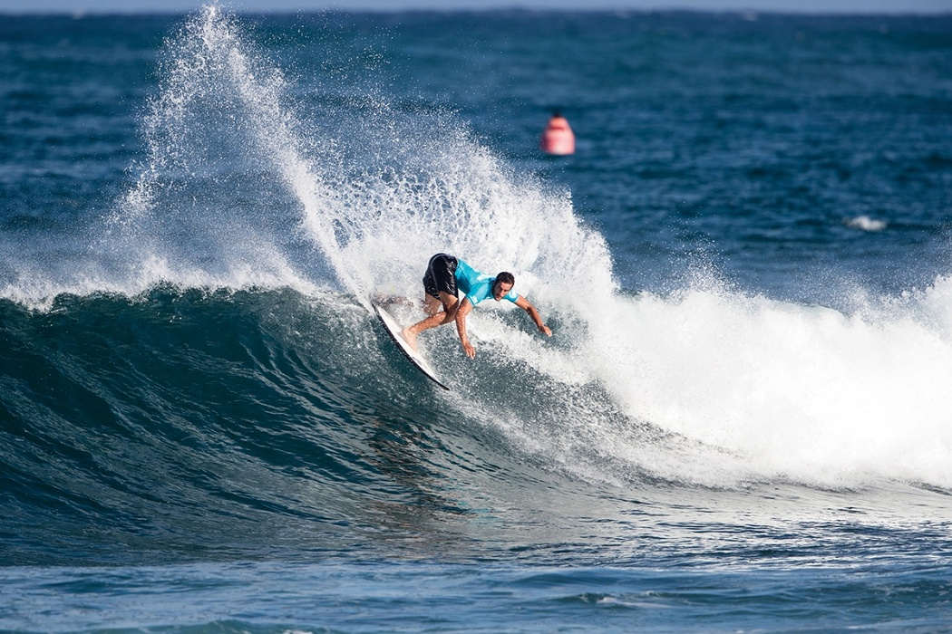Ramzi Boukhiam of Morocco advances to round three.   © WSL / Heff