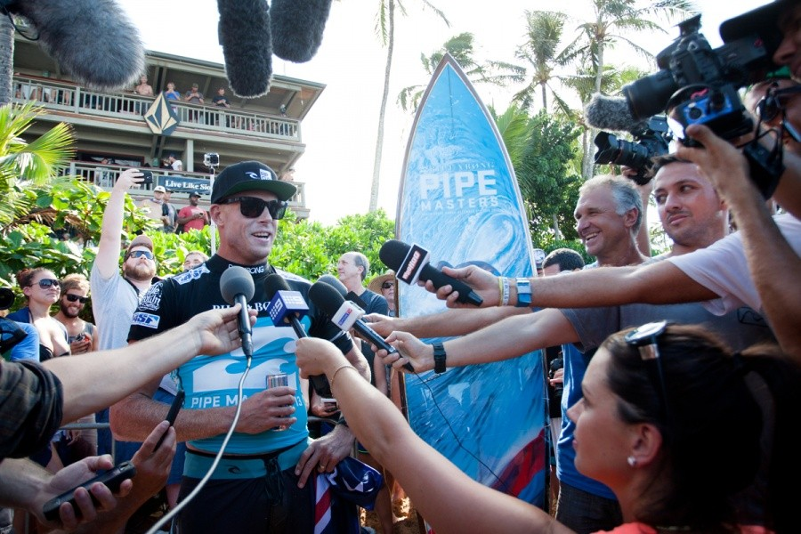 Mick Fanning (AUS) faces the media as the 2013 ASP World Champion.   © ASP / Cestari