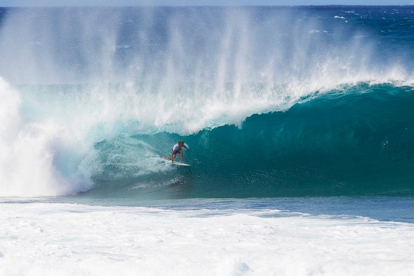 Handicapping the 2016 Vans Triple Crown of Surfing