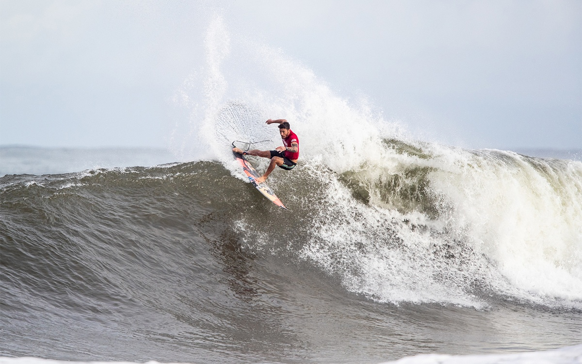 Haleiwa Delivers for Round 2 of the Hawaiian Pro
