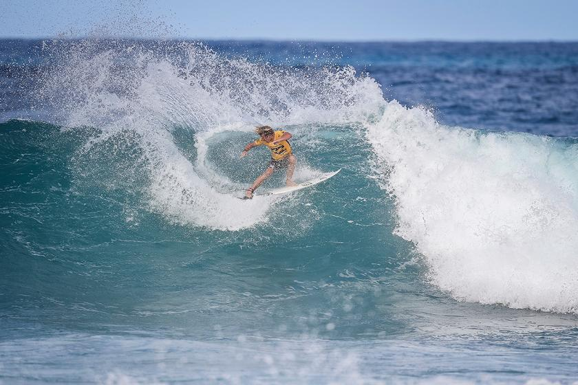 Top Seeds Light Up Rd 1 of Billabong Pipe Masters
