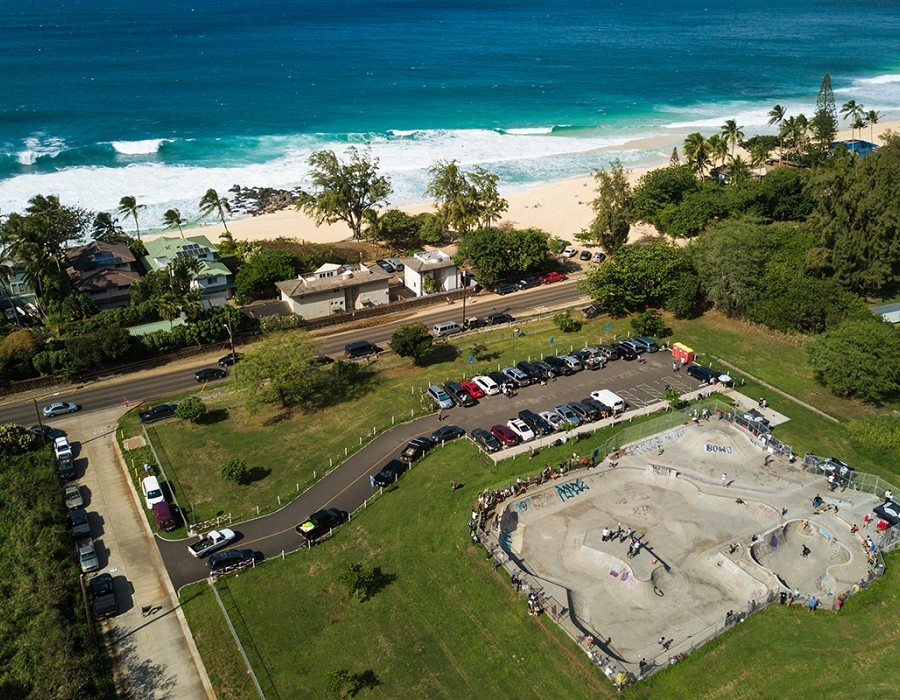Banzai Skatepark, North Shore of Oahu.   © Jimmy Wilson