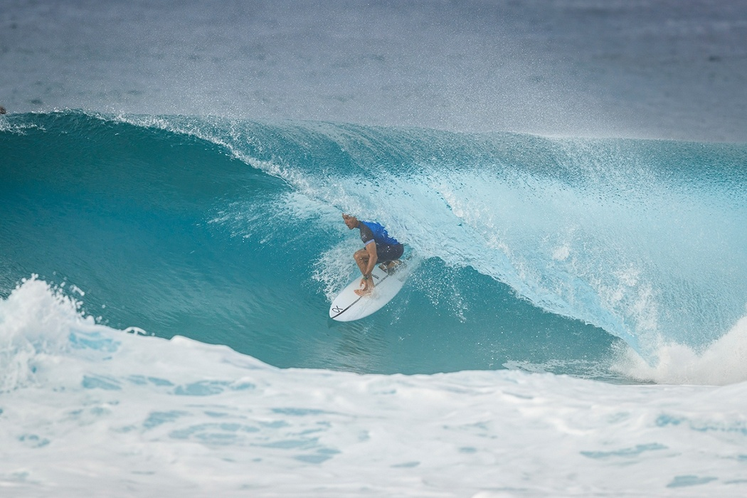 7x Pipe Master Kelly Slater.   © WSL / Poullenot