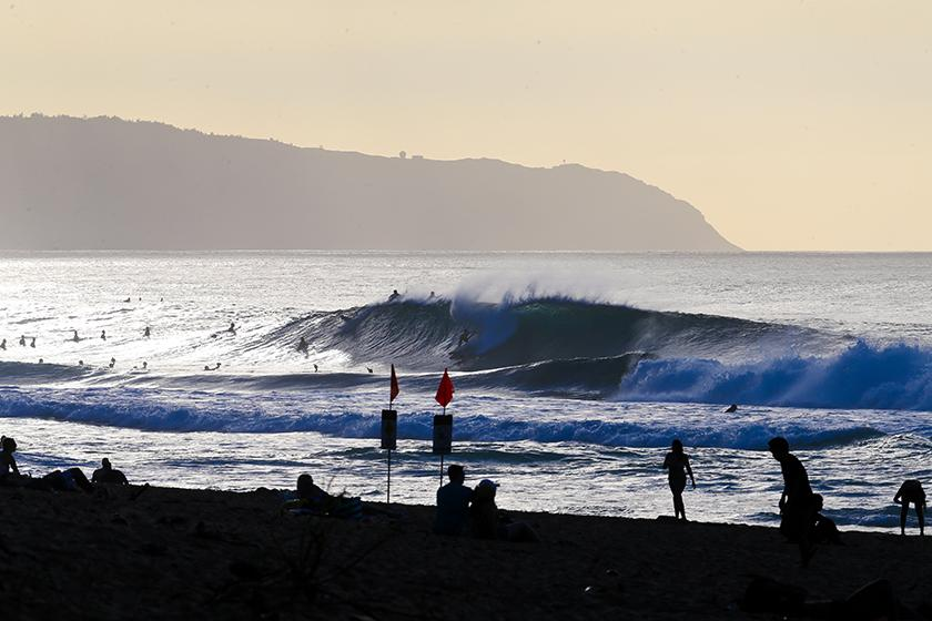 Lay Day on Pipe Masters, Possible Restart Tomorrow