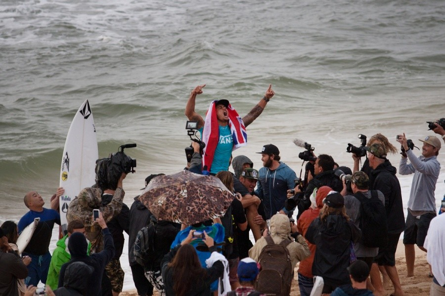 There is going to be a party tonight for Ezekiel Lau (HAW).   © ASP / Cestari