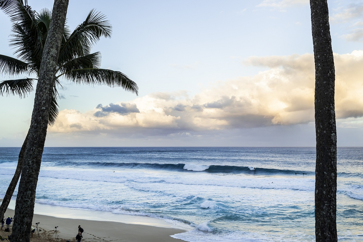 Round 1 of Billabong Pipe Masters Called ON