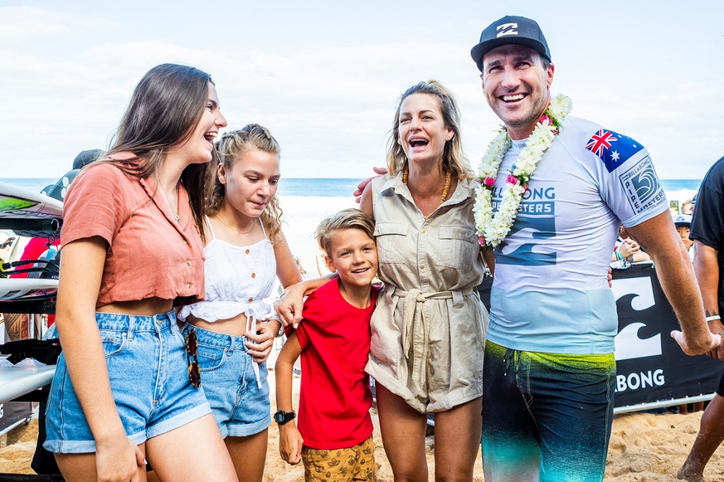 Joel Parkinson and family.   © WSL / Cestari