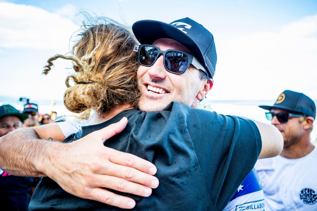 Joel Parkinson and Occy.   © WSL / Cestari