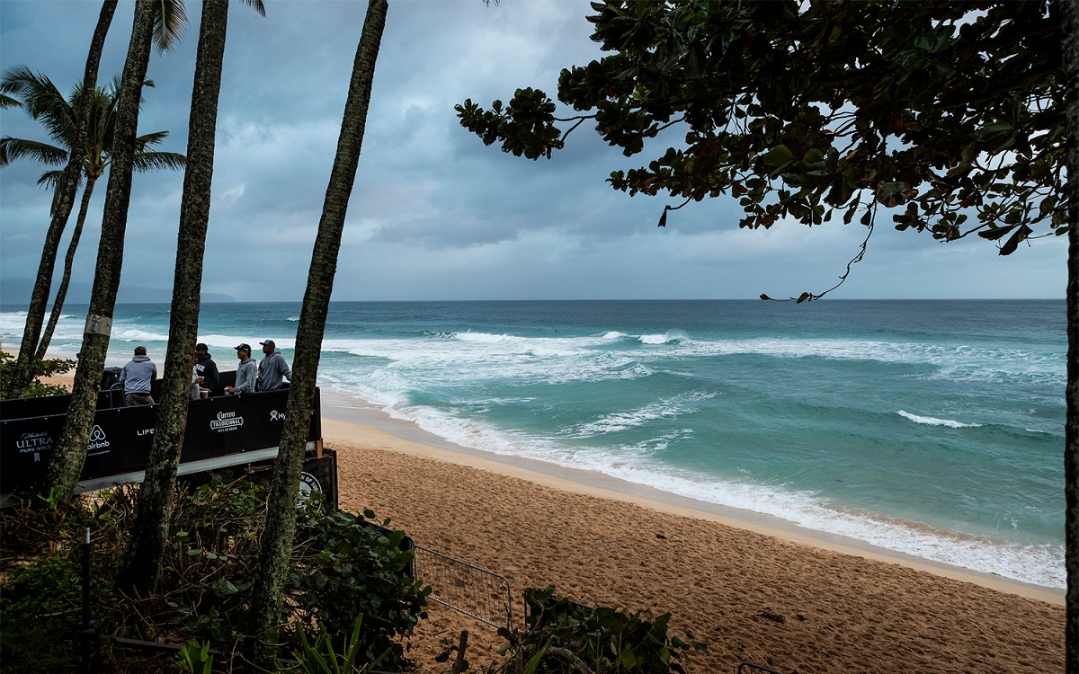 No Competition Today at Billabong Pipe Masters, Likely Start Tomorrow