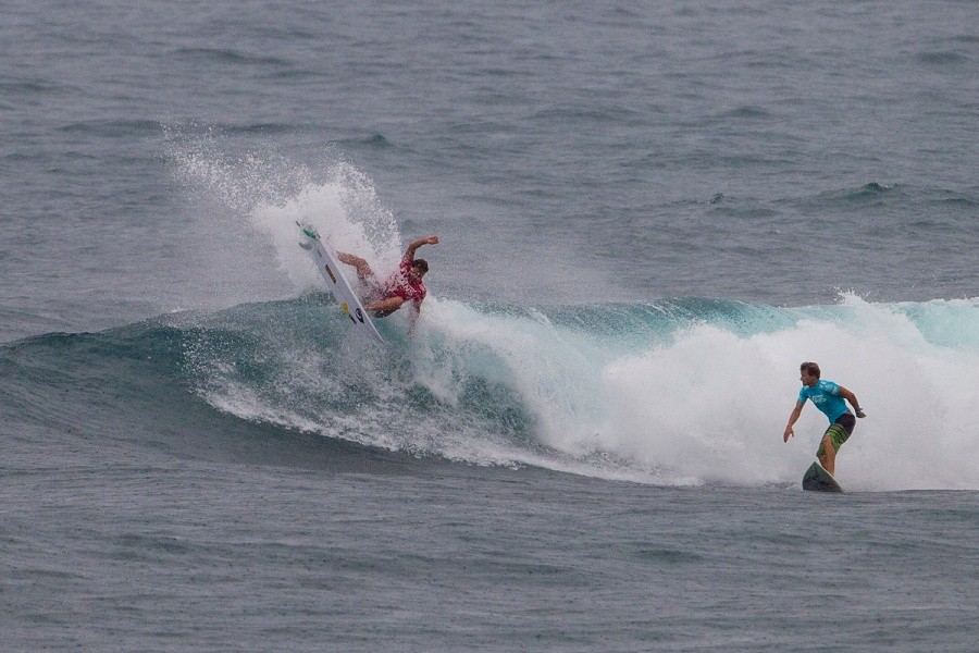 Kiron Jabour suffered an interference from Dane Reynolds.   © ASP / Kirstin