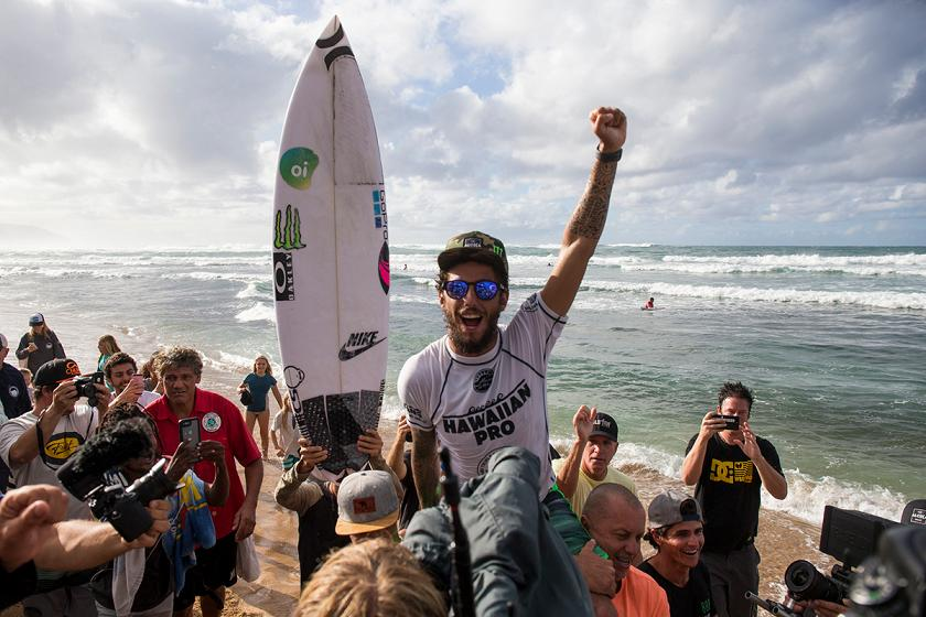 78174a3b1a Filipe Toledo Wins 2017 Hawaiian Pro
